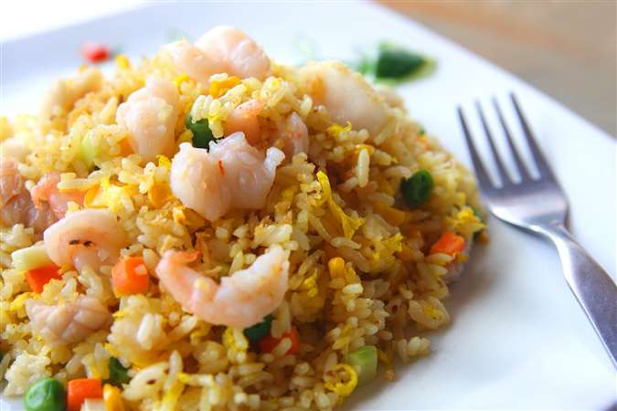 Rice with shrimps, vegetables and Tahina El Rashidi El Mizan