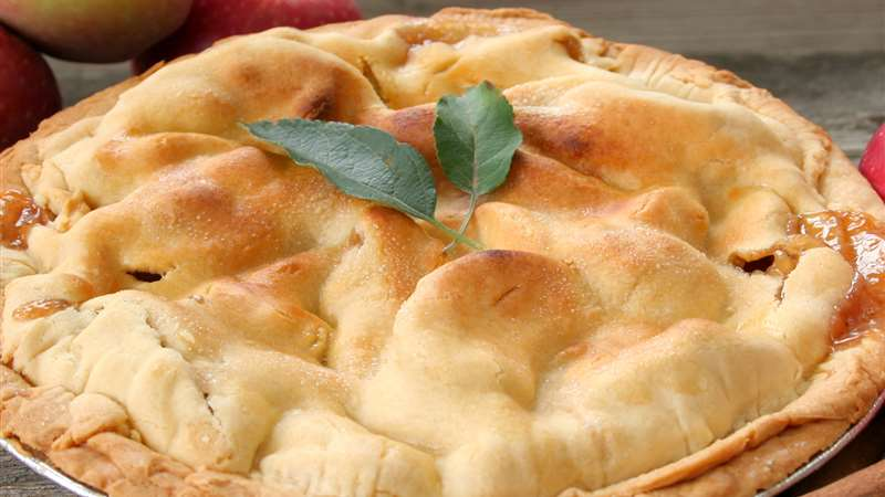 Apple pie with Hazelnut Halawa El Rashidi El Mizan